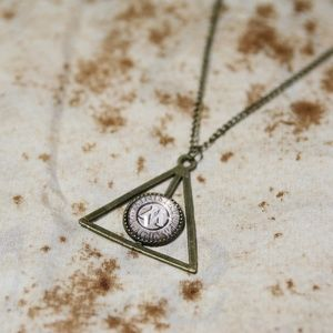 Harry Potter Ministry of Magic Necklace